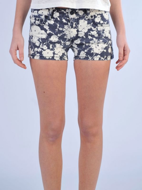 TORY BURCH   Shorts in denim fantasia floreale bianca e blu  http://www.dipierrobrandstore.it/product/2143/Shorts-in-denim-fantasia-floreale-bianca-e-blu.html