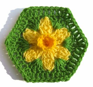 WoolnHook: St David's Day - Free Daffodil Hexagon Pattern!!!