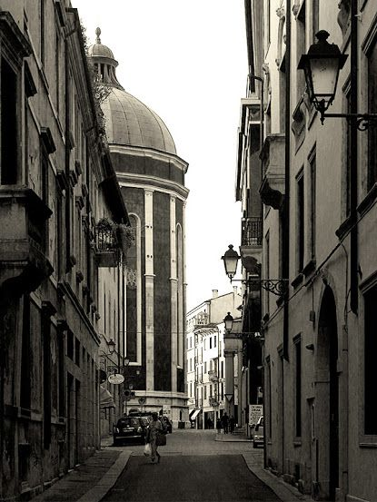 Abside del Duomo da Contrà Fontana. Caricato da: SalutiDaVicenza.it - Google+