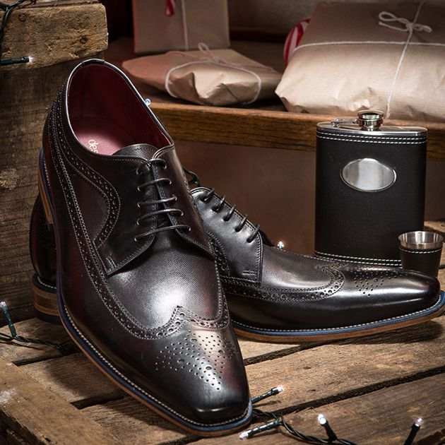 Step out in dapper style this Winter with these stunning black luxury brogues and don't forgot your hip flask... it is party season after all! Shop now: https://www.slaters.co.uk/loake-shoes-black-classic-square-toe-lace-up-brogue