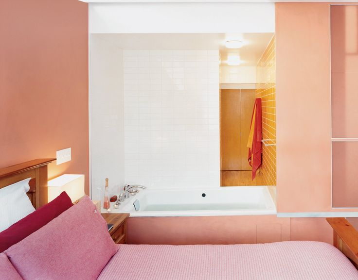 Best 25 burnt orange bathrooms ideas on pinterest green for Pink and orange bathroom ideas