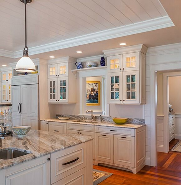 Best 25 cape cod kitchen ideas on pinterest cape cod Cape cod style kitchen design