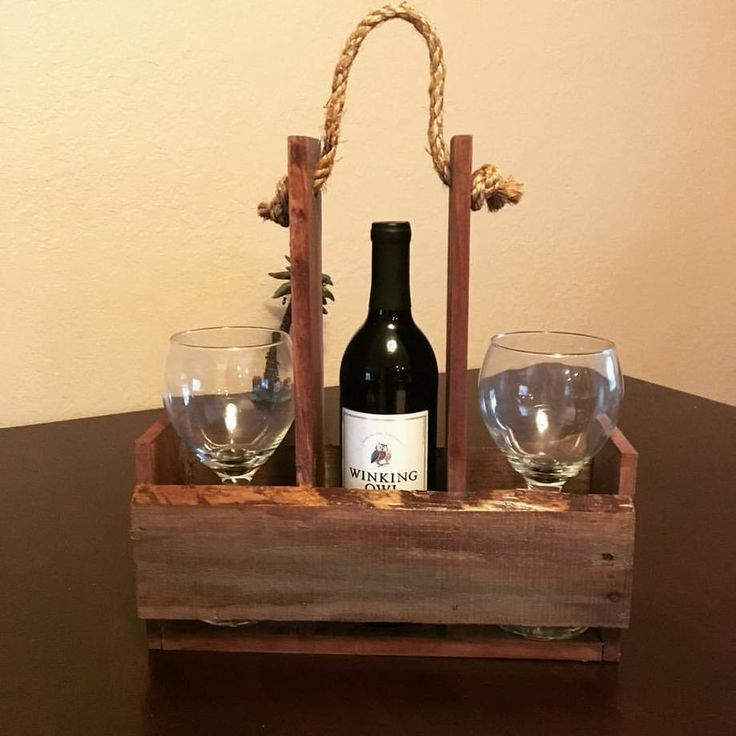 Quick Pallet Wine Holder for Outdoor Picnics Or...