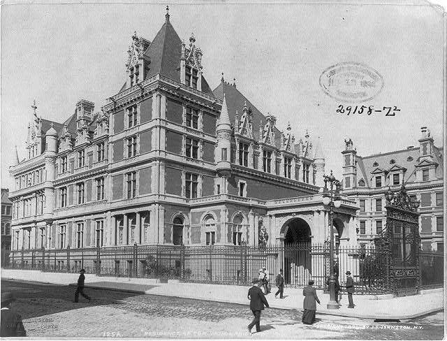 Cornelius II Vanderbilt Mansion (1892-1927)