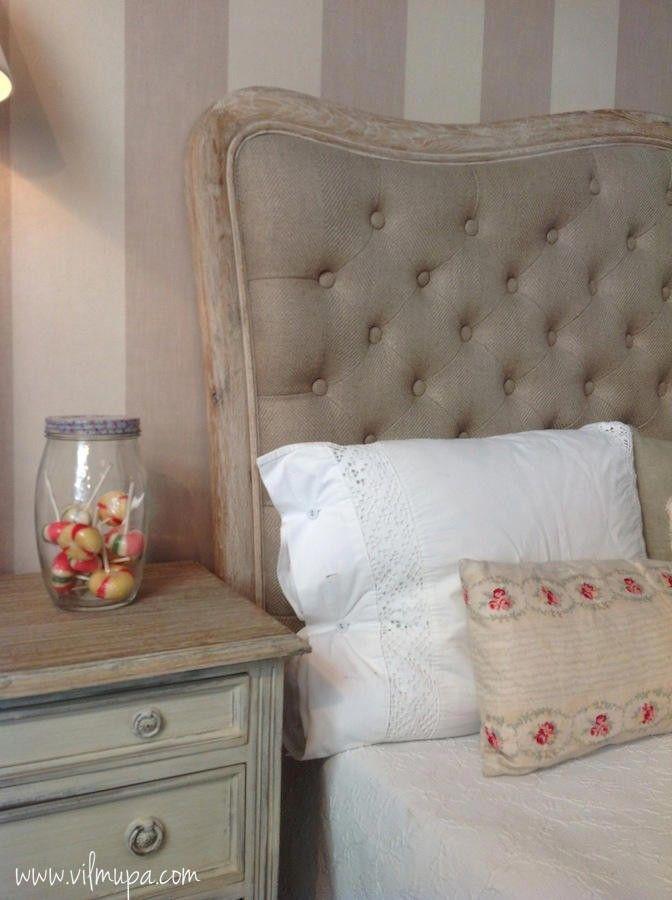 Cabecero de cama capitoné con marco ondulado de madera - vilmupa
