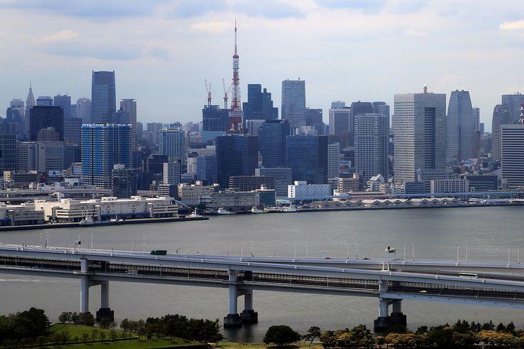 お台場の観覧車から撮影した東京タワー方面の超高層ビル群(2015.06.06)