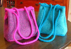 Ravelry: The Little Coco Bag pattern by Diane Sutliff