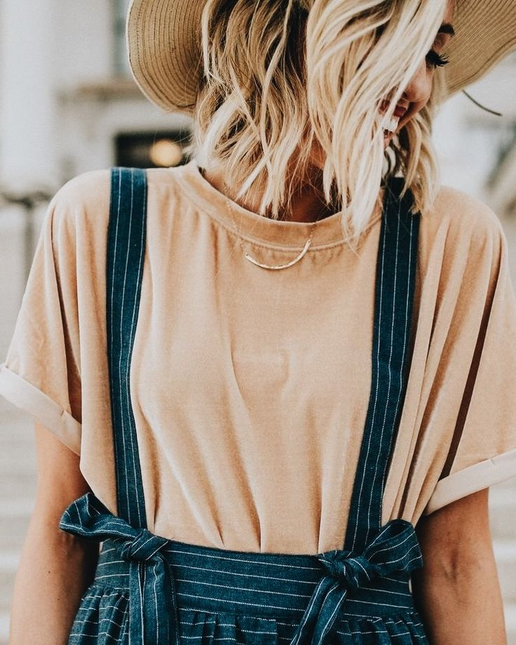 Such a cute little outfit! I love dungaree and this looked to be lined and cotton! | Stylish outfit ideas for women who love fashion.
