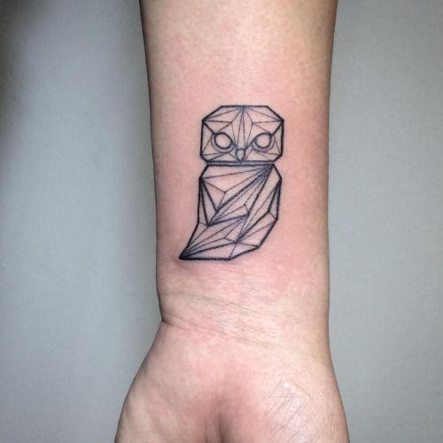Pink Tattoos                                                                                                                                                      Más