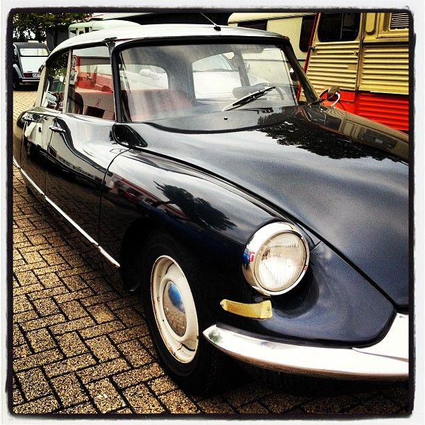 Citroen DS    ~ Cars with Character