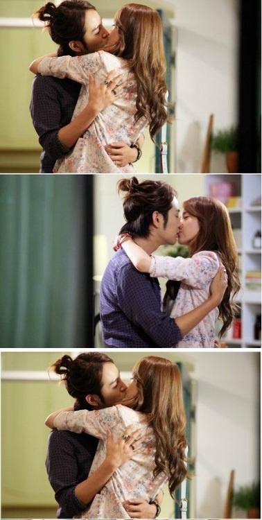 my favorite scene, kkkkk Love Rain  Joon and Ha Na