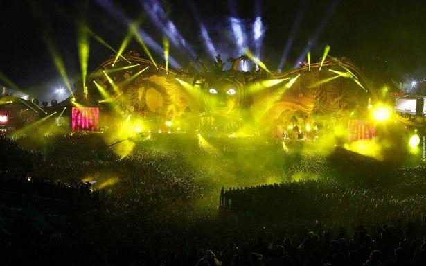 EDM stage design - tomorrowland 2011