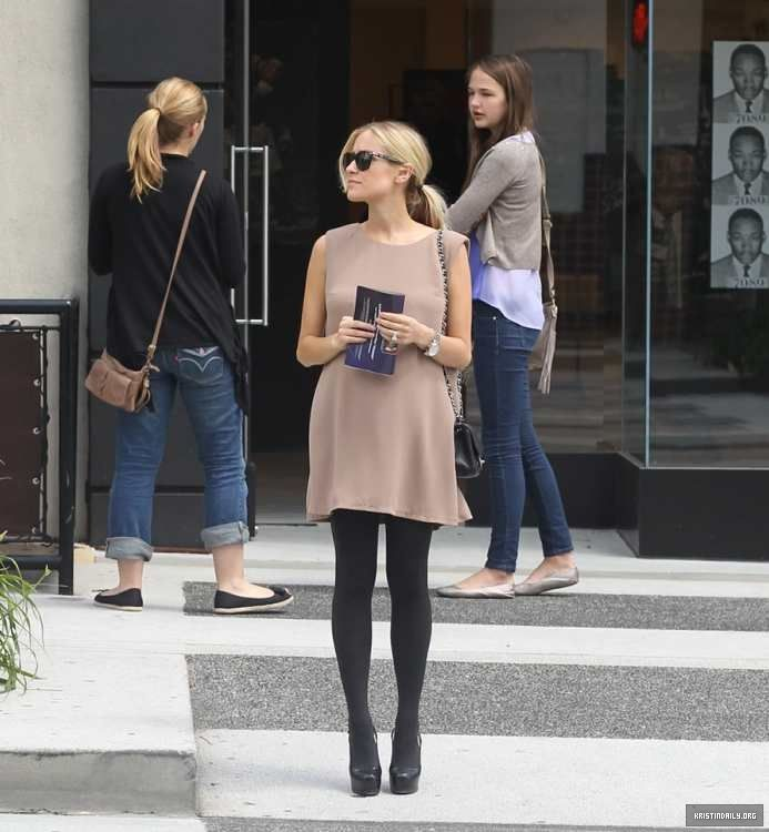 Kristin Cavallari--She demonstrates being chic while being pregnant.