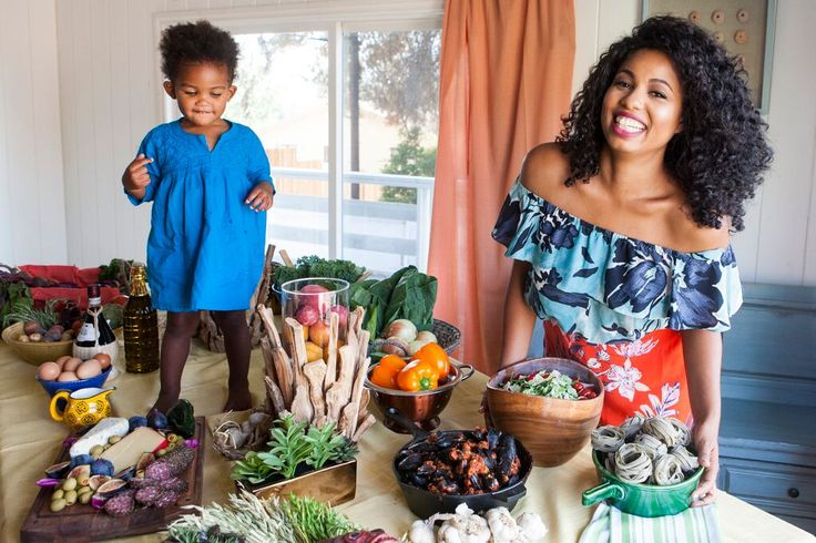 """Jazz Smollett,  co-host and executive producer of the Food Network's """"Smollett Eats"""", is a speaker at #BlogHerFood16."""