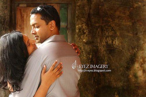 Photography by Visithra - http://v-eyez.blogspot.com - V-Eyez Imagery on Facebook  http://www.facebook.com/veyezimagery    #wedding #weddings #engagement #indian #kuala lumpur #international #malaysia #photography #visithra #v-eyez imagery #outdoor #portrait #pre-wedding