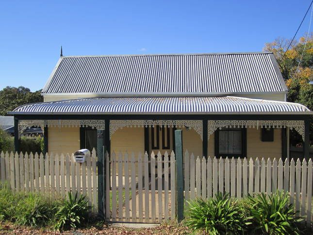 Goldfields Cottage, a Beechworth Self contained Cottage/ House | Stayz