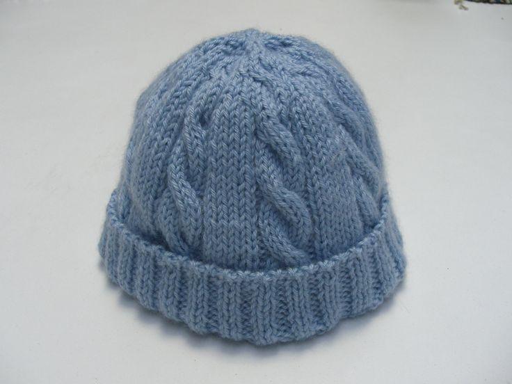 Cappellino per neonato, realizzato con il filato NEW BOLLICINA (Filatura di Crosa)