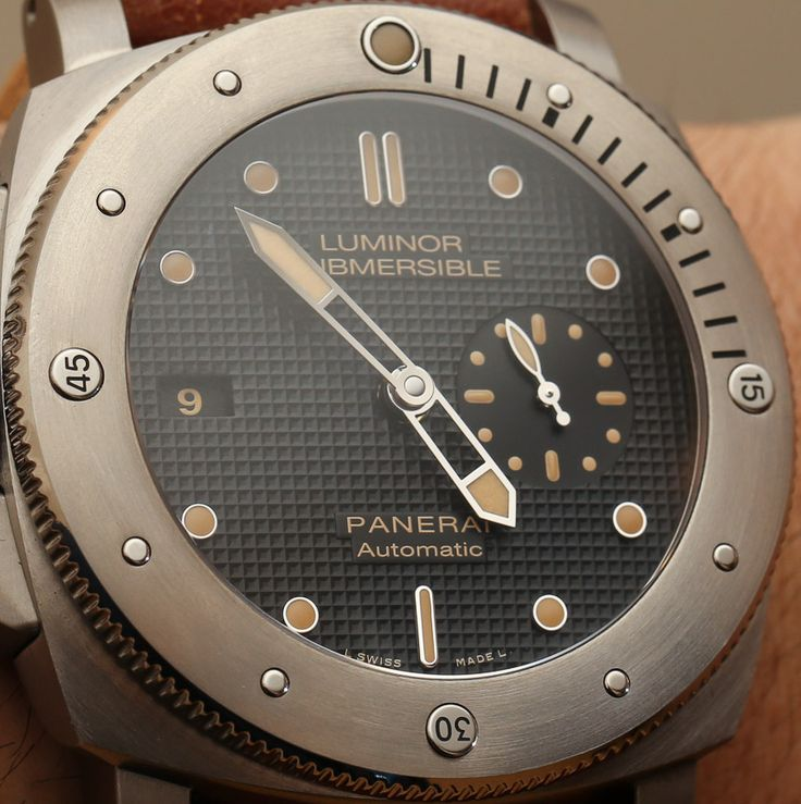 Panerai Luminor Submersible Left Handed Titanio PAM569