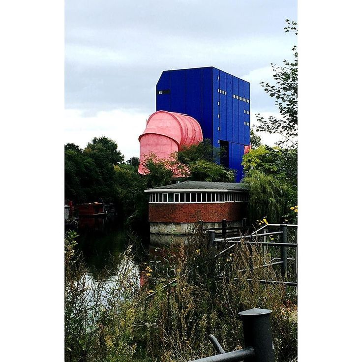 B L U E Blue elephant with pink snout. . . . . #berlin #architecture #blue #thatsdarling #thehappynow #pursuepretty #wandeleurspark #makeyousmilestyle #abmlifeissweet #abmlifeiscolorful #abmsummer #abmathome #flashesofdelight #petitejoys #livethelittlethings #dscolor #livecolorfully #liveauthentic #foundforaged #theblogissue #nothingisordinary #finditliveit #howisummer #howyouglow #prettylittlething #colorventures #thatcolorproject #myunicornlife #diewocheaufinstagram