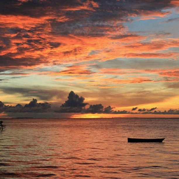 Sunset in Derawan Island, East Kalimantan, INDONESIA @midorinochi- #webstagram