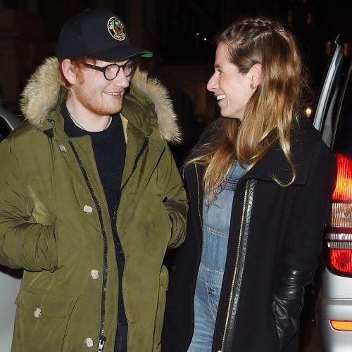 """Ed Sheeran amoureux de son amie d'enfance : """"Je ne m'attendais pas à la revoir"""""""