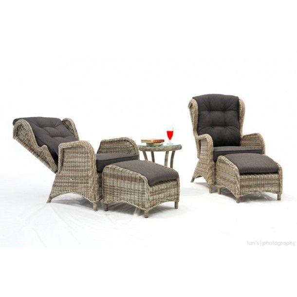 Newport hagemøbler, regulerbare hvilestoler i rotting m/fotpall og bord