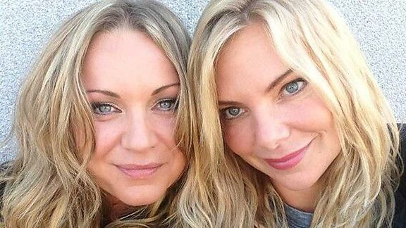 The Mitchell Sisters, Roxy and Ronnie played by Rita Simons & Samantha Womack.