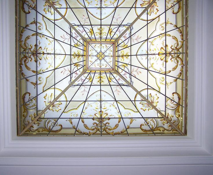 Stained glass cupola details realized by France Vitrail International in a private residence in Switzerland