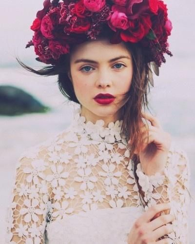 Strikingly boho with red lips #makeup #beauty