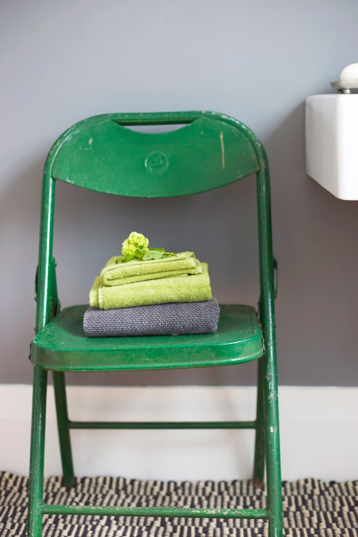 #Green vintage chair. Staging by Places and Graces.