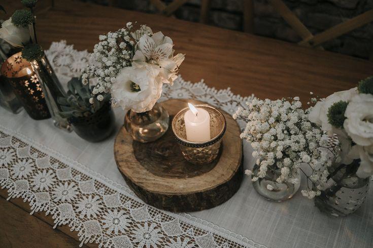 Decoração de casamento rústica com verde e branco