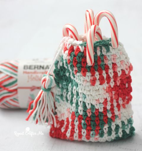 Planned Pooling Christmas #Crochet Pouch Free Pattern