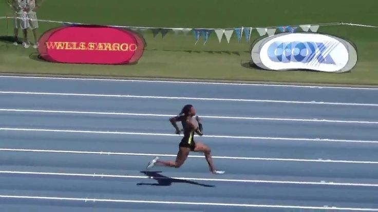 Oregon Women Break NCAA 4x100m Record https://youtu.be/yQUR6Vk7QDc