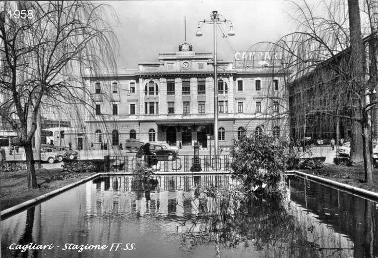 Foto Cagliari - Stazione FF.SS. - anno 1958
