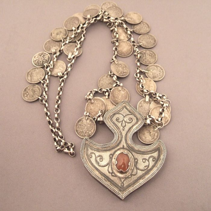 Cameo Jewelry - Antique Cameos - Vintage Cameos