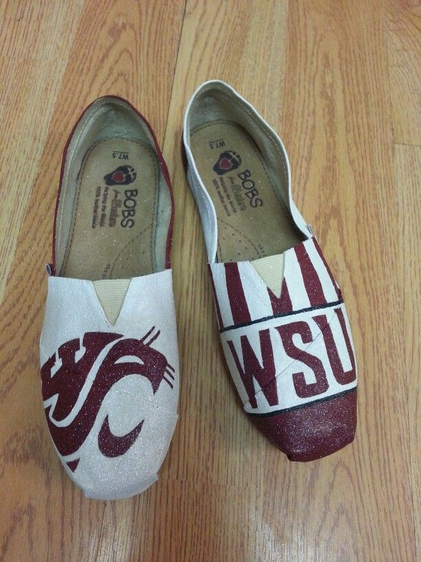 WSU cougars painted bobs for school spirit. www.facebook.com/1crazycrafter