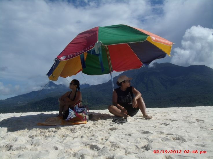 chilling in CAMIGUIN SAND BAR