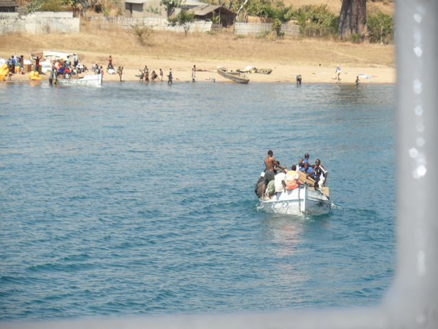 #Lifeboats & #shore at #Metangula on the #Mozambique side of #LakeMalawi or #LakeNyassa as they call it. Picture taken from the #Ilala