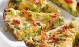 Vegetarische omelet met olijven