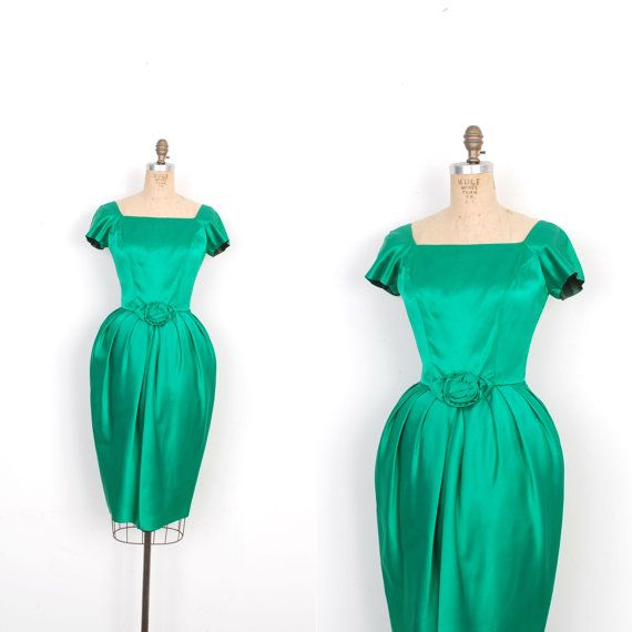 Vintage 1960s Dress / 60s Satin Cocktail Dress with Tulip Skirt / Emerald Green (small S)