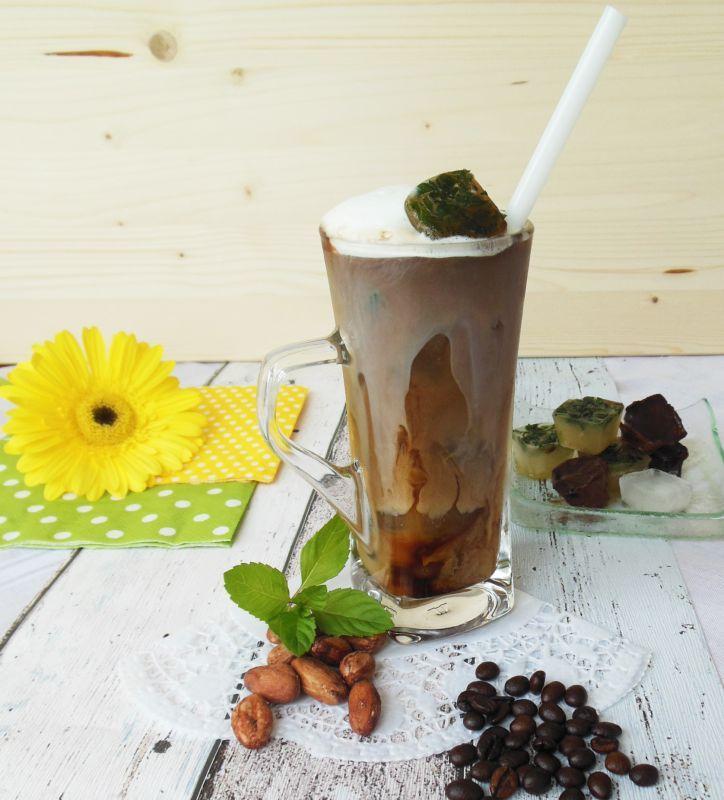 Ľadová káva dvomi spôsobmi | Ľadová káva dvomi spôsobmi | Cafepoint.sk - Experti na Kávu a Kávovary