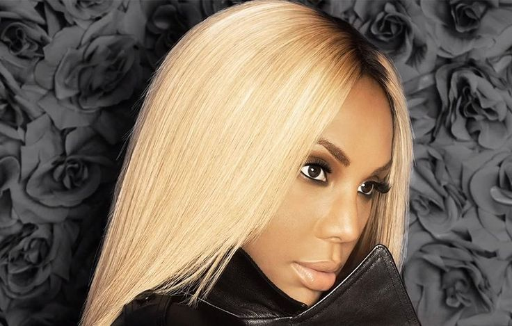 Tamar is Serving it in this pic!