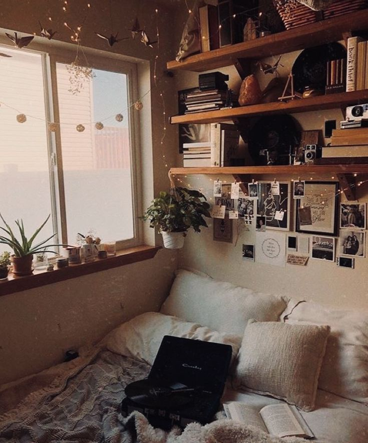 Home Decor Cozy Bedroom Small Spaces In 2019 Aesthetic