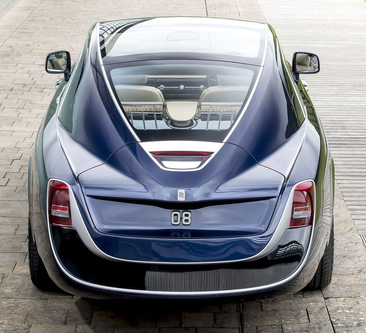 Rolls-Royce Sweptail, 2017. Presented today at the Concorso d'Eleganza at Villa d'Este, referencing the swept-tail of certain Rolls-Royces from the 1920s. A bespoke version of the Rolls Royce Wraith...