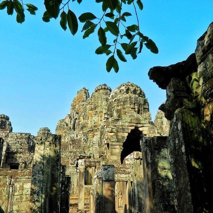 Ruins.     #cambodiagram #instatravels #effthedailygrind