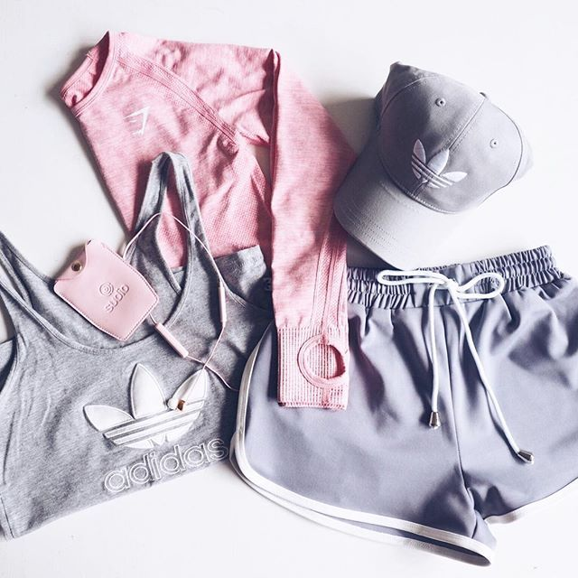 Pink and Grey #gymlook #workout #fitness #gymshark #fitspo #inspo…