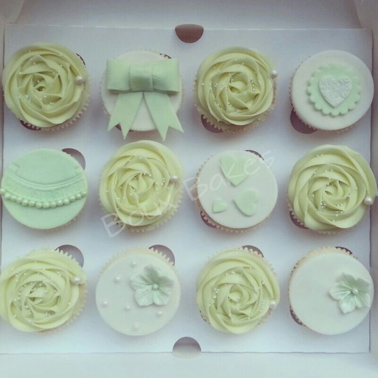 Lime/mint green engagement cupcakes