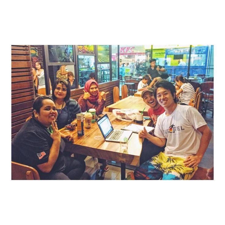 Starbucksでの一枚 ランカウイ島のスタバは作業もはかどるし 現地の友達と会話も楽しめて最高な環境 #マレーシア #マレーシアライフ #海外移住 #スタバ #スターバックス #starbucks #カフェ時間 #カフェご飯 #楽しい時間 #楽しい時間はあっという間 #楽しい時間でした #楽しい時間をありがとう
