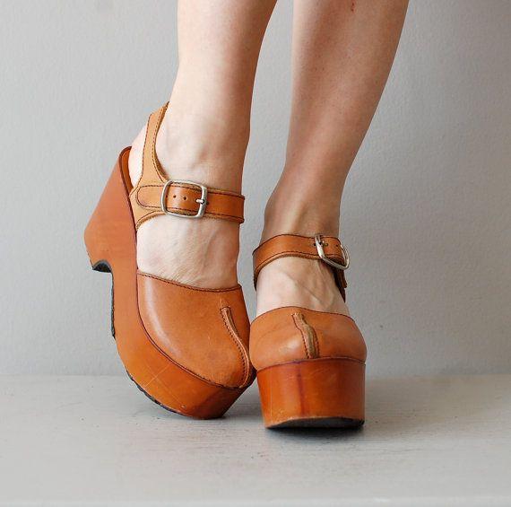 platform shoes / 1970s wooden platforms / Platform by DearGolden