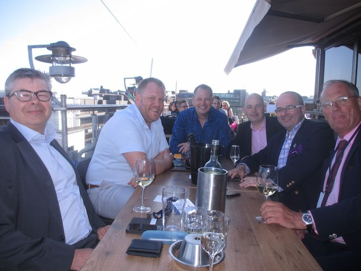 Commonwealth Tuesdays Date: TUESDAY 31 MAY 2016 The sunniest get together we have ever had since we started it in February this year. Sunny weather, fresh breeze from the sea, chilled wine, enjoyable atmosphere and good people around. New business to make, new actions to take.
